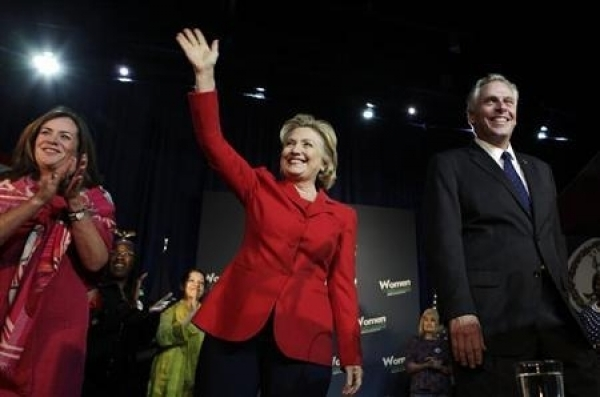 Hillary Clinton wears the famous pantsuit in red by Susanna Beverly Hills