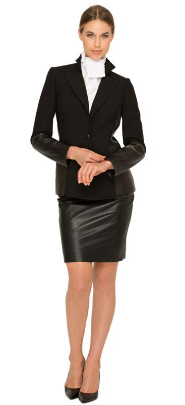modern-woman's-suit