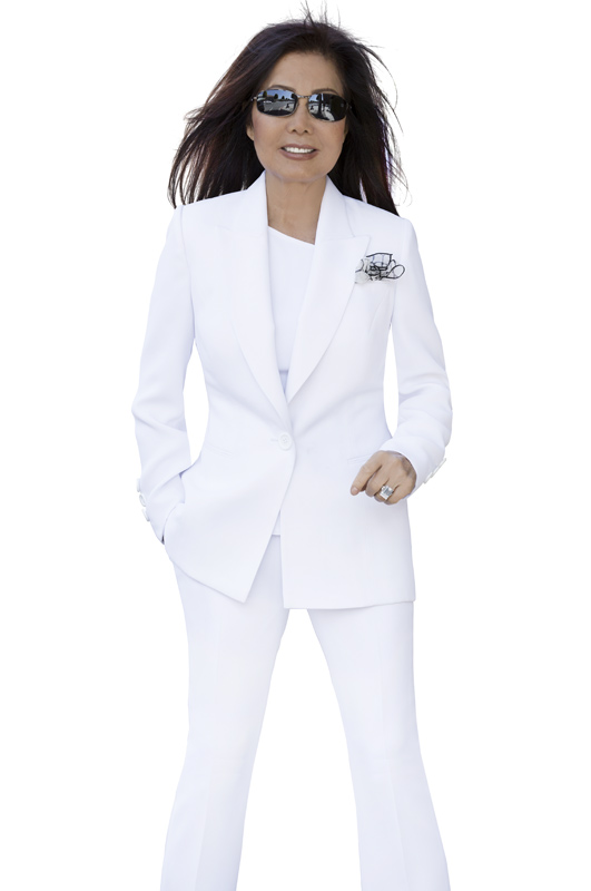 the-famous-white-luxury-pants-suit